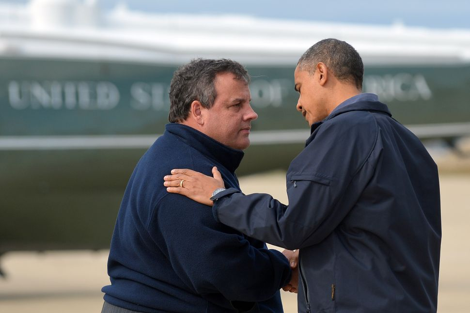 Christie fires top staffer, apologizes for GWB controversy