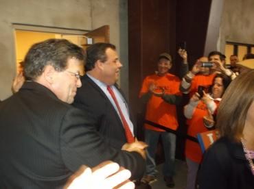 Citing his PLA bill veto, Carpenters won't back Christie