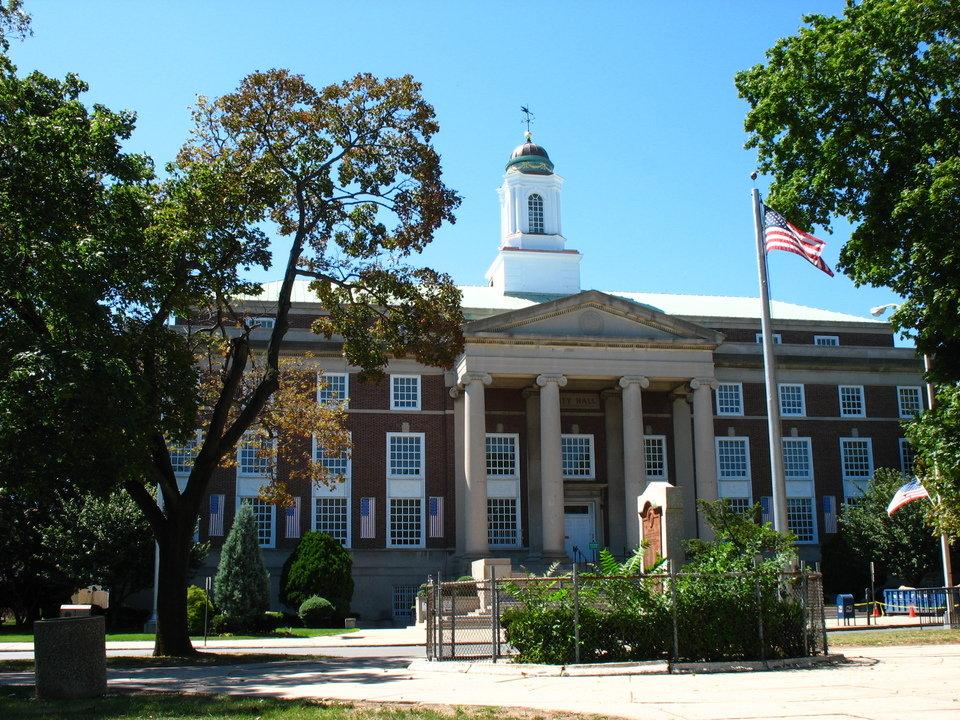 Urban battle in Elizabeth serves as big city flashpoint among local Dem Primaries