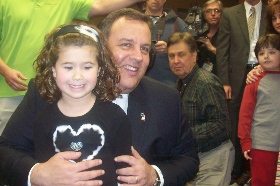 Quinnipiac: voters split on Christie