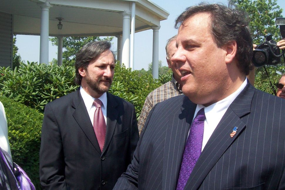 Christie reunites with Levine in Franklin Twp.