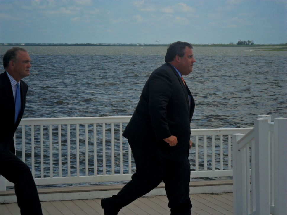 Christie campaign good deeds not returned on Sandy vote