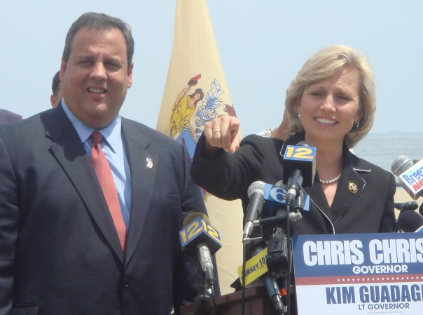 As they stump together, Christie pledges to assign more tasks to Guadagno
