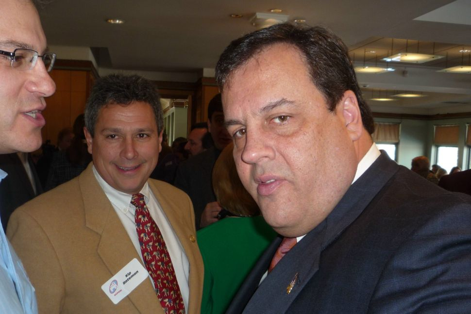 Christie stays focused on Corzine as Lonegan pursues him