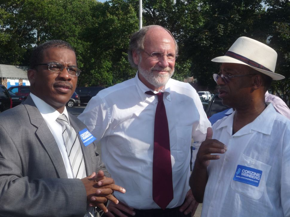 Corzine endorses Smith in Irvington as Smith denounces Reid testimony as false