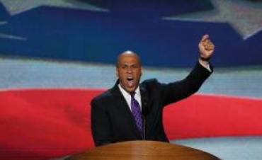 Christie refuses to dive into U.S. Senate GOP Primary Booker pile-on