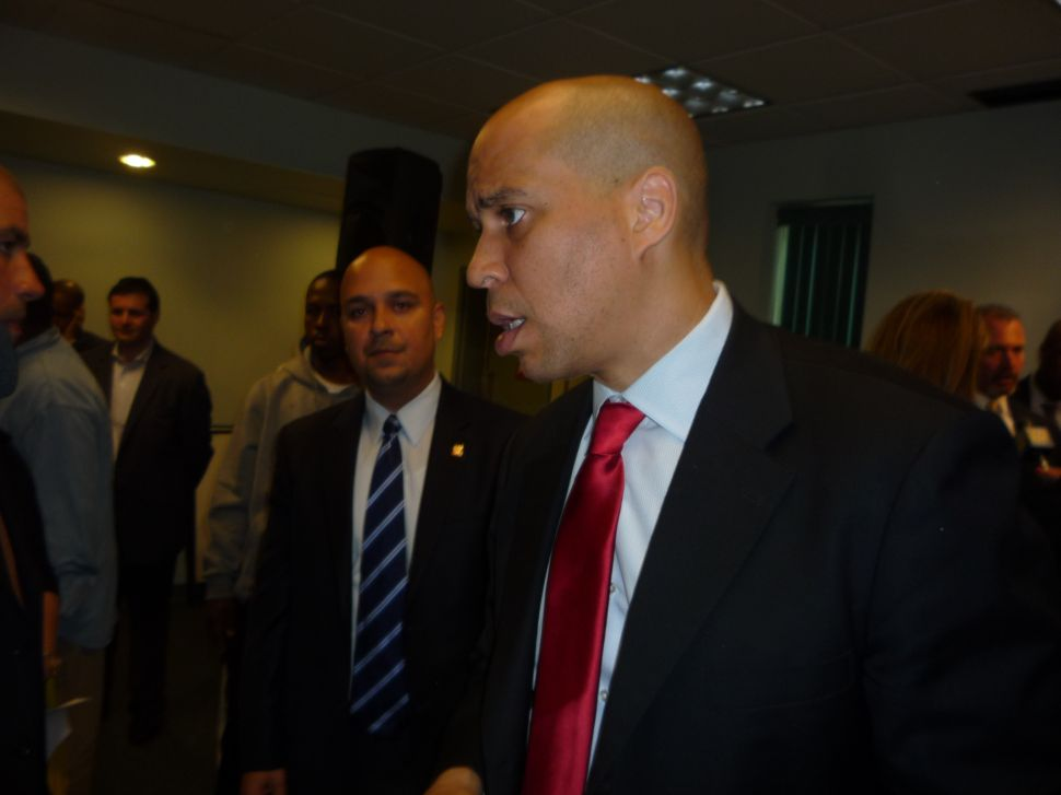 Sources: Booker not running for governor