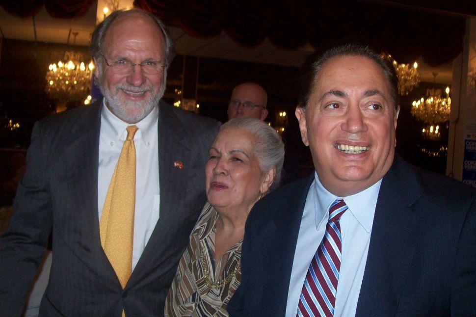 Sacco campaigns with Corzine at senior picnic