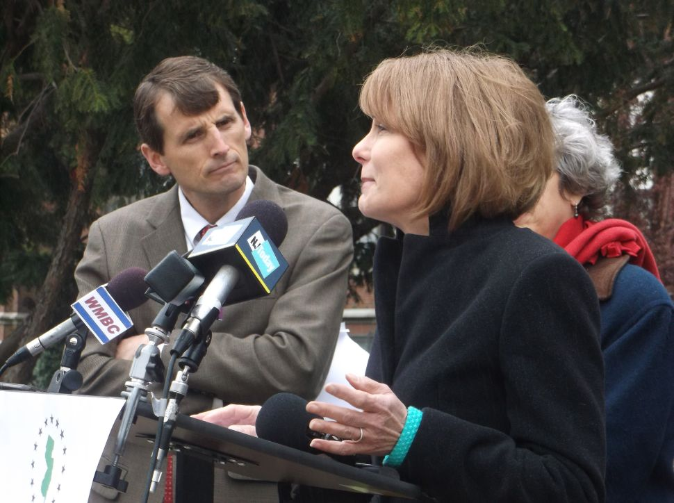 After supporting Christie in 2009, NJ Enviro Federation backs Buono for guv