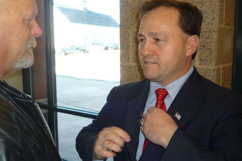 DiMaio lands support of Warren sheriff