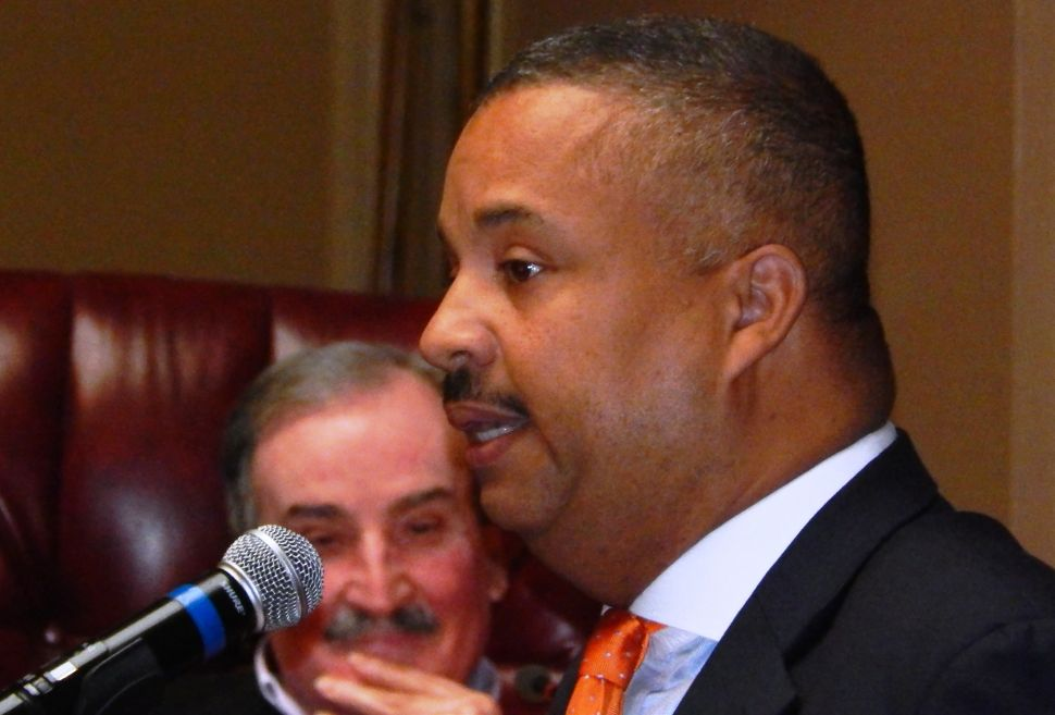 Congressman Payne endorses Jeffries for mayor of Newark