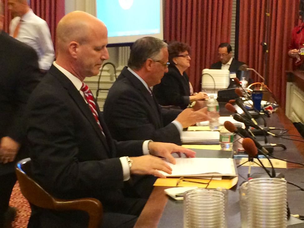 Chief Chris Christie spokesman goes before Bridgegate committee