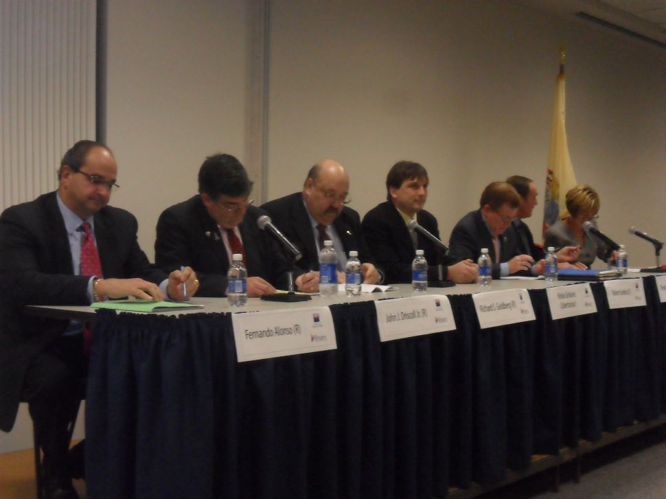 LD 38 debate: Wagner drills Driscoll on fracking; Gordon and Driscoll trade shots on tobacco, solar; GOP hits Dems on flooding