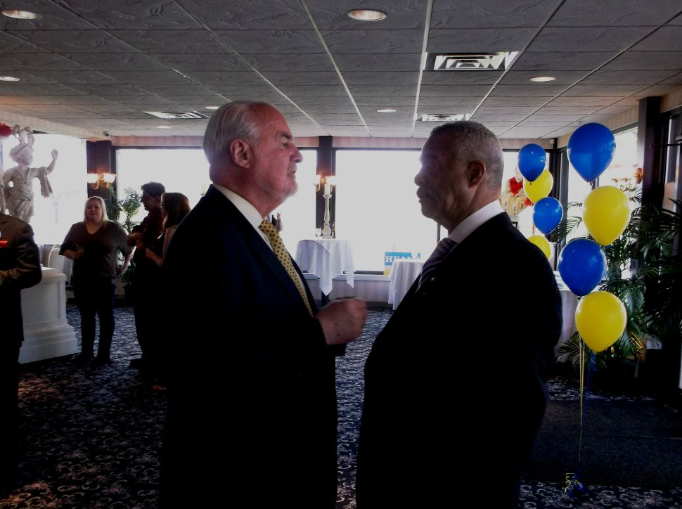 At Healy fundraiser, Richardson warns of Republican takeover if Fulop wins