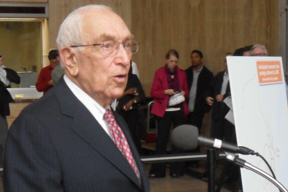 Lautenberg: 'Christie has to pick up his responsibility'