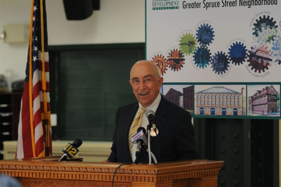 Lautenberg blasts Christie over Race to the Top funding application