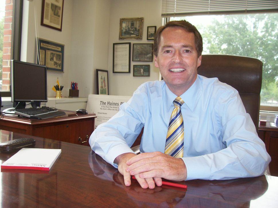 A former Democrat faces an ex-Republican in 8th district Senate race