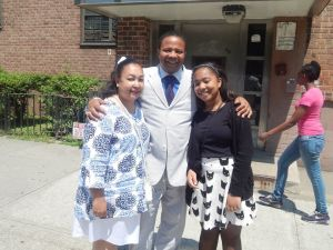 Jesse Hamilton with his wife and daughter (Facebook/Jesse Hamilton).