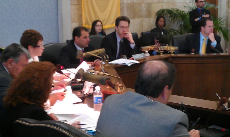 Senate committee passes pension and benefits legislation