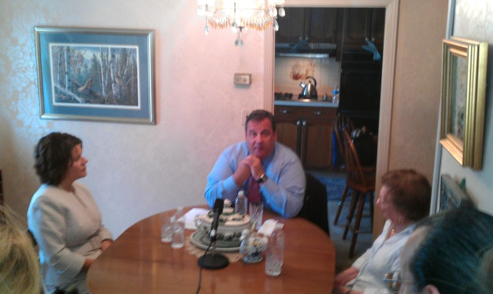 Meeting with a Jersey senior, Christie returns to 'kitchen table talks'