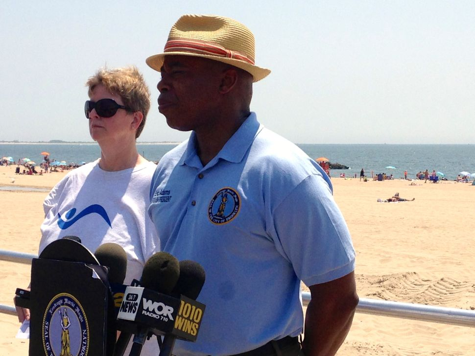 Eric Adams Invokes 9/11 a Day After White Flags Fly on Brooklyn Bridge