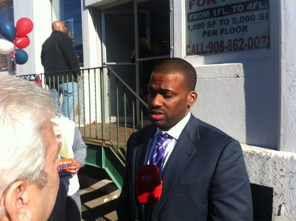 Jeffries opens up about troubled childhood while campaigning in Newark's Ironbound