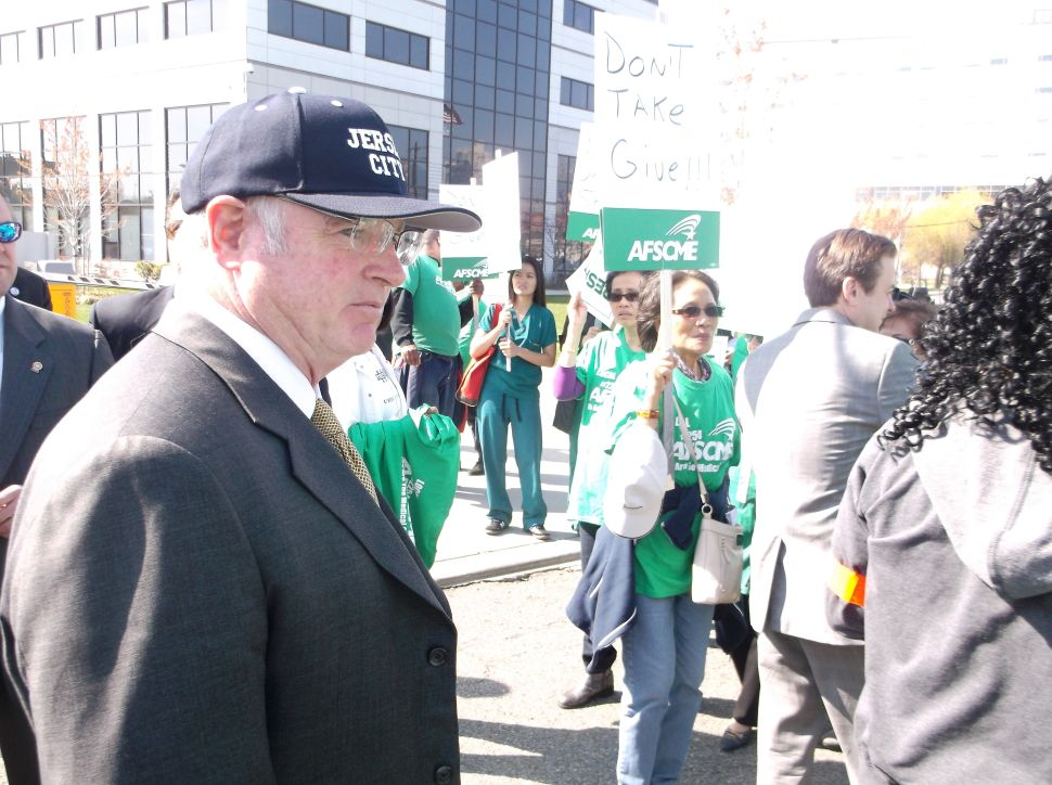 Healy front and center for AFSCME workers on JC Medical Center contract issue