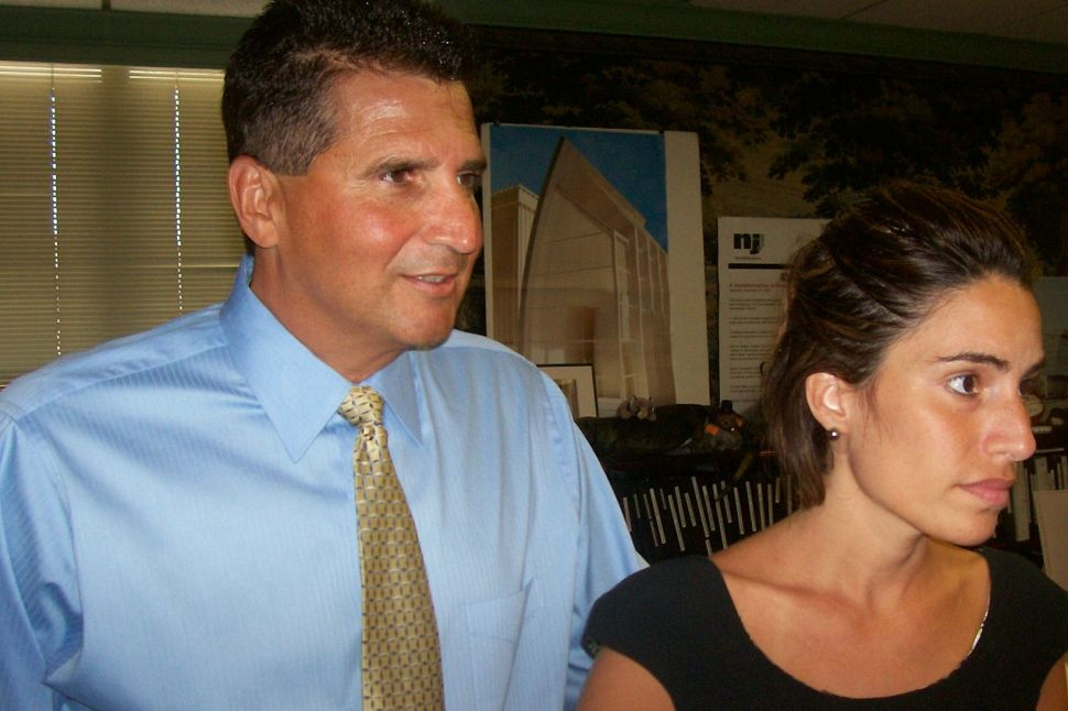 DiVincenzo would 'possibly' run for governor, but only if Corzine doesn't