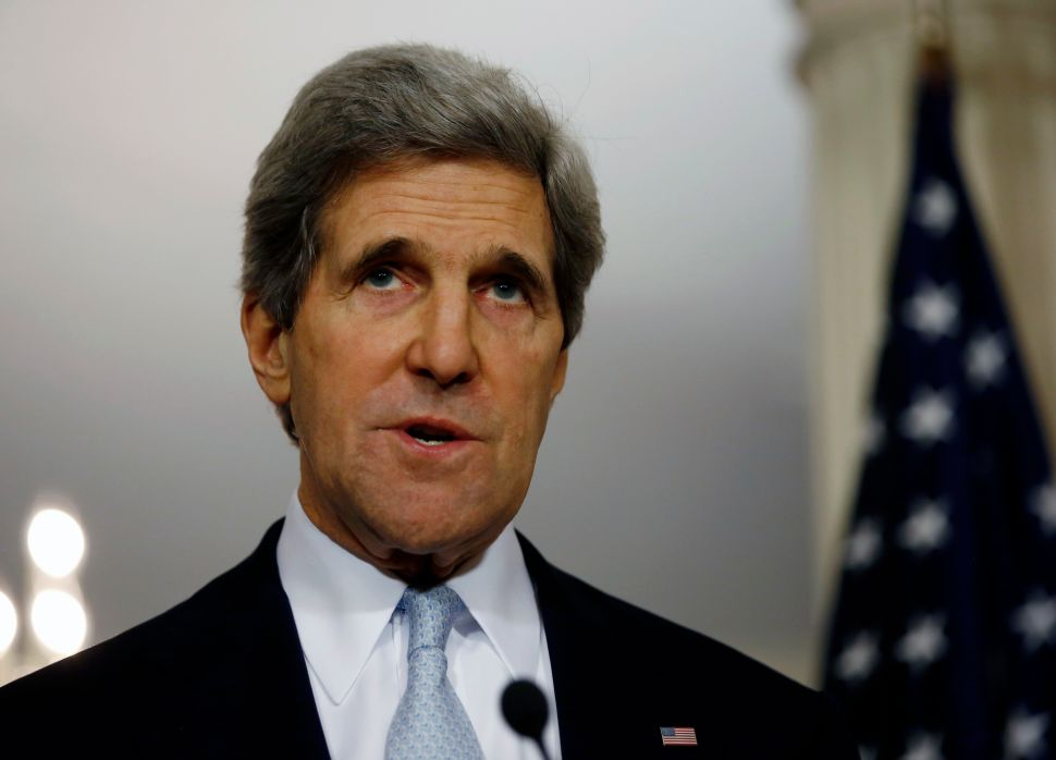Paul clashes with Kerry on definition of war