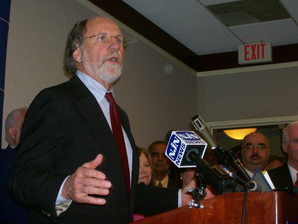 Corzine applauds Clinton win in Pennsylvania