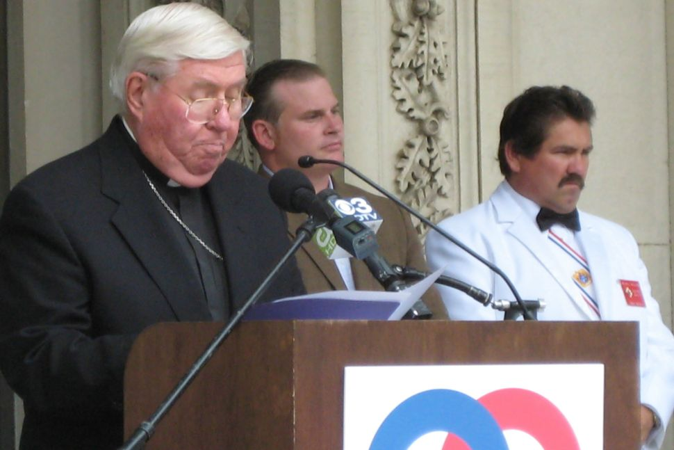 Bishop backs up traditional marriage activists