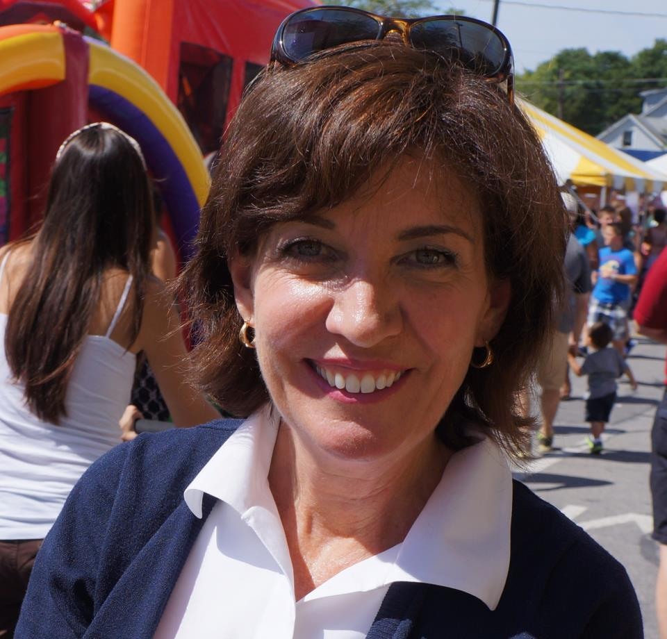 Heavyweight Donors Dominate Kathy Hochul War Chest