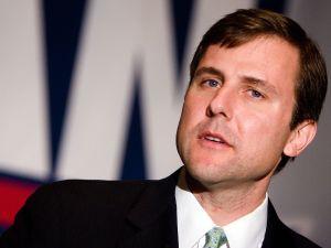 Tom Kean says focus on Washington is preventing focus on NJ issues.