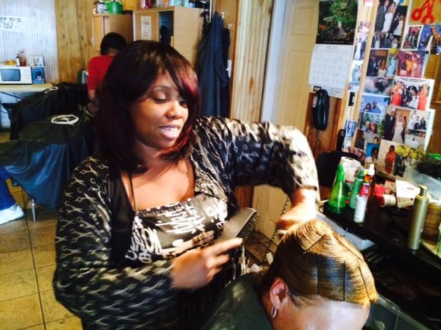 Newark mayor's race: Bergen Street diary – hairdresser backs Baraka, cuts Jeffries down