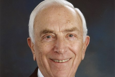 Report: Lautenberg hospitalized after fall