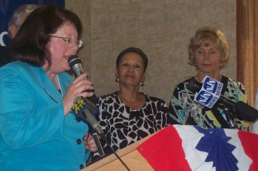 Greenstein, other women Dem lawmakers, spearhead restoration of family planning funds