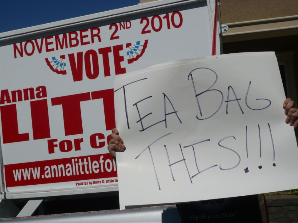 Tea Party headlines, but press halted at Little event
