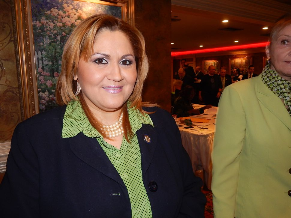 Paterson: Davila scores 1B ballot position in City Council bid