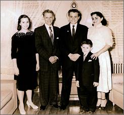 Mother of Sen. Robert Menendez dies