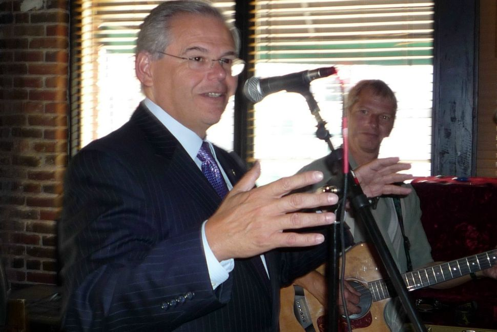 On eve of Obama speech, Menendez cuts up Tora Lora Lora