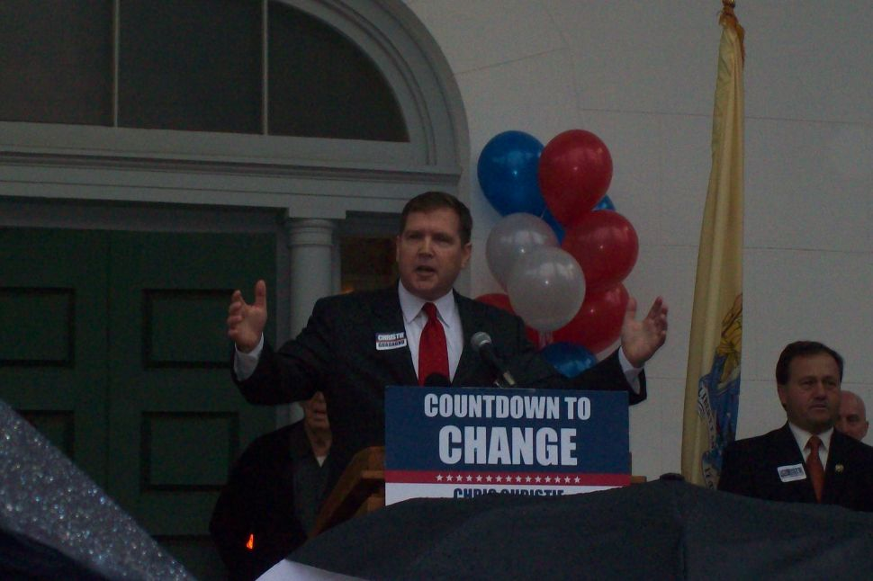 Lonegan amplifies support for Christie
