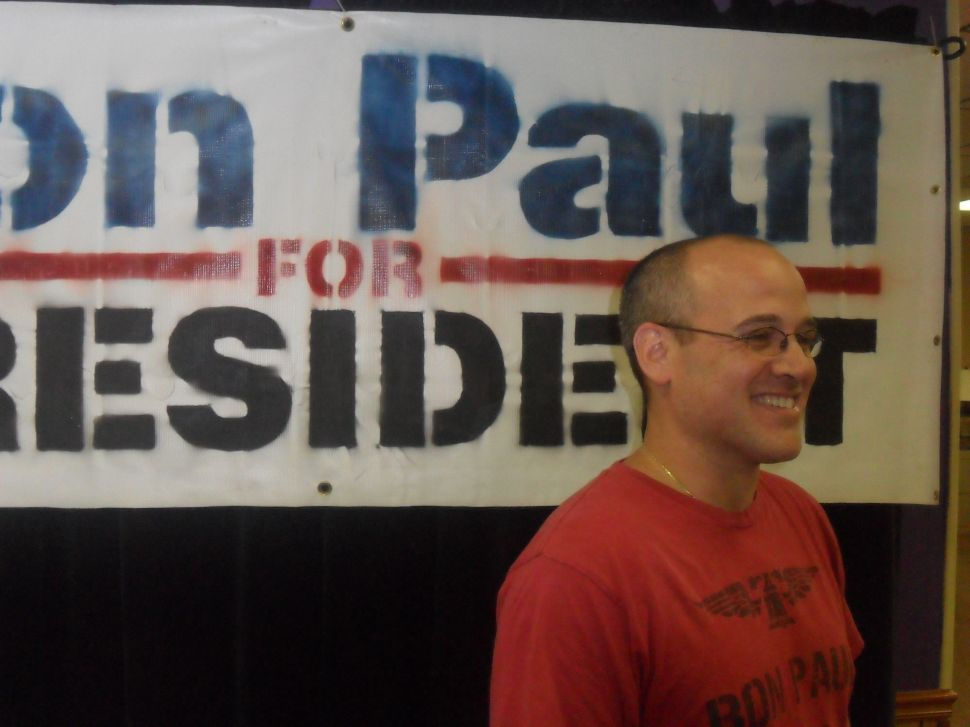 In Hightstown HQ, Perry v. Romney leaves Paul supporters unimpressed