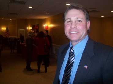 Republican Larsen files in the 7th District