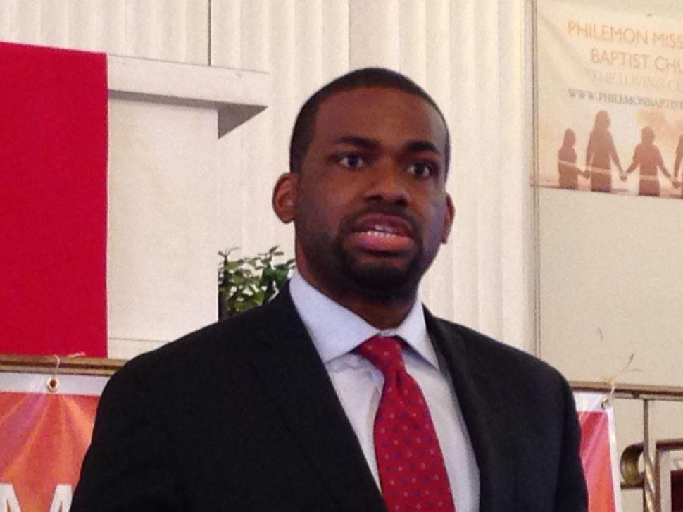 Christie says Baraka should run the city not the schools