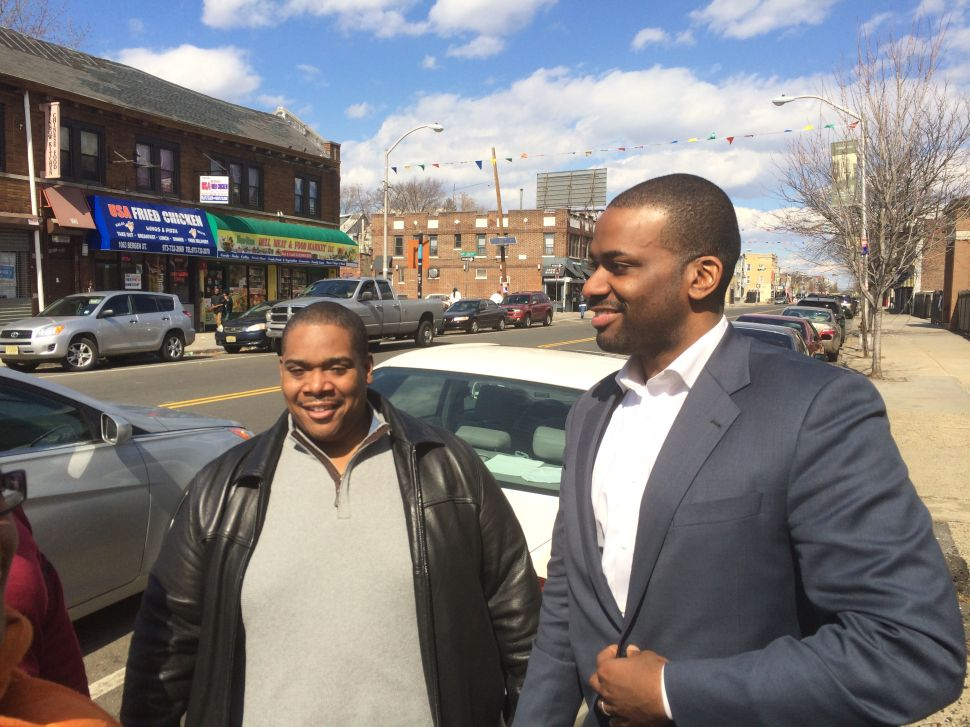 """Newark Mayor's race: Jeffries tells South Ward crowd """"This is home"""""""
