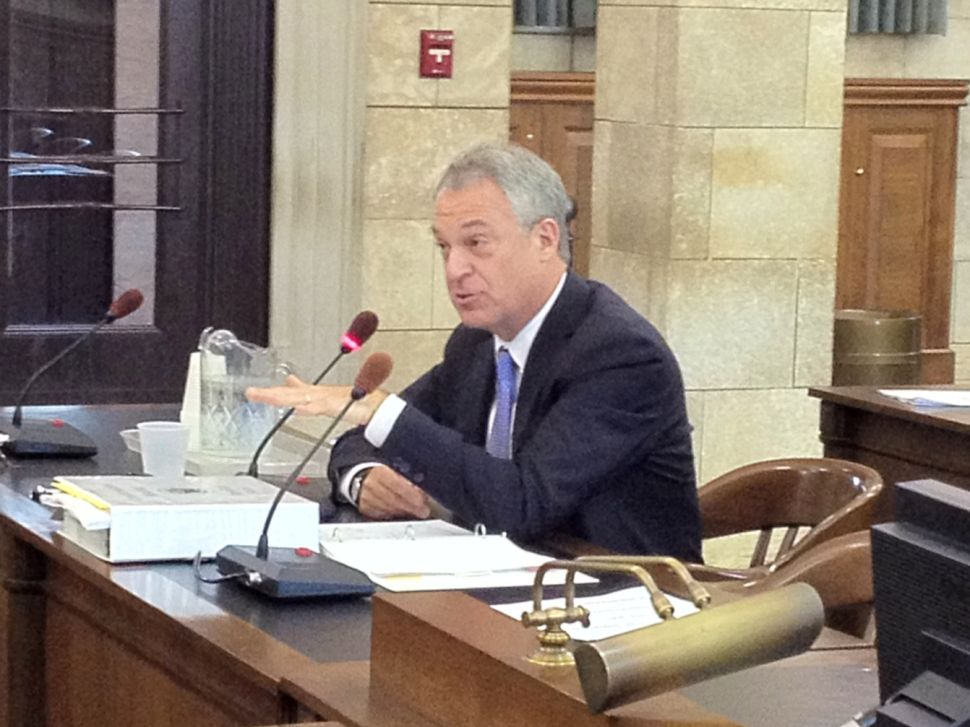 Scutari: Cerf's 'personal driver' usage undercuts residency claims