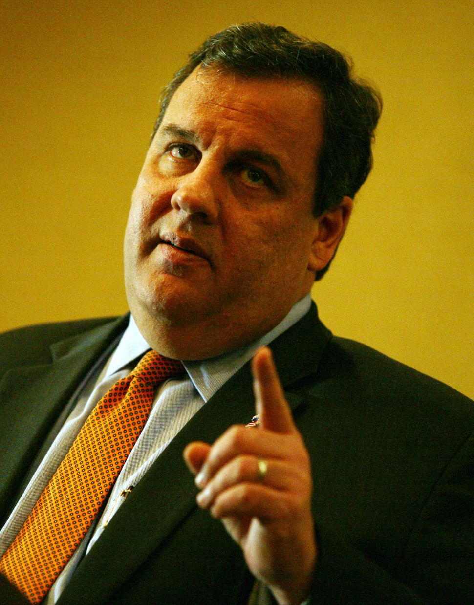 Christie hammers at Dems on tax cuts