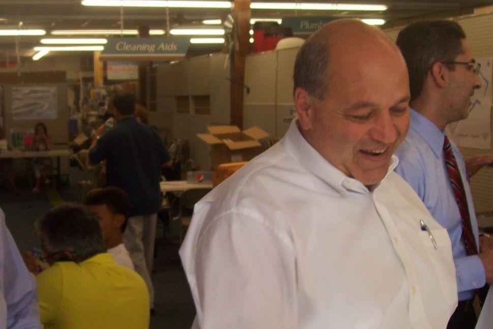 Fajardo to resign tonight – from BOE, but not politics