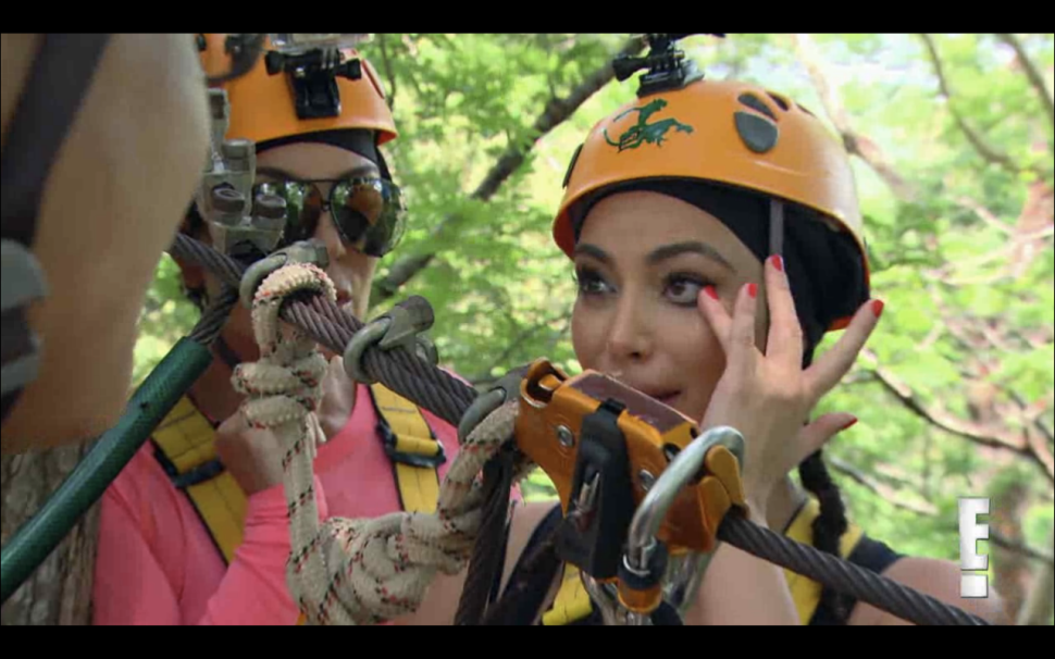 Keeping Up With 'Keeping Up With the Kardashians' 9×7: Way Harsh, Thailand