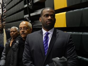 In Newark, the Carpenters put money into Jeffries effort